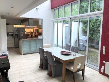 Villa in Alt-Meererbusch! Modernes Wohnen am Wald, 40667 Meerbusch, Einfamilienhaus zur Miete