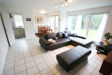Mit eigenem Garten!  Moderne 3-Zimmer-Gartenwohnung mit Einbauküche, 40667 Meerbusch, Terrassenwohnung zur Miete