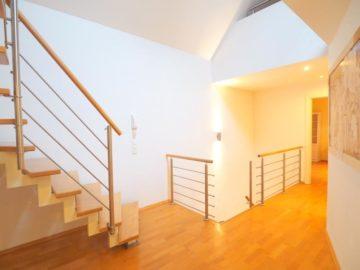 Ideal-Zentral! Einfamilienhaus mit Doppelgarage und Einbauküche, 40667 Meerbusch, Einfamilienhaus zur Miete