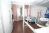Modern Wohnen im Altbau! Gepflegte 2-Zimmer-Wohnung in Düsseldorf-Flingern - Wohnbereich