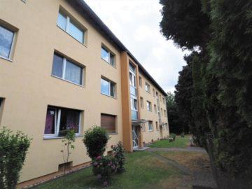 Gut investieren in Büderich! Renovierungsbedürftige Wohnung mit Balkon und EBK, 40667 Meerbusch, Etagenwohnung zum Kauf