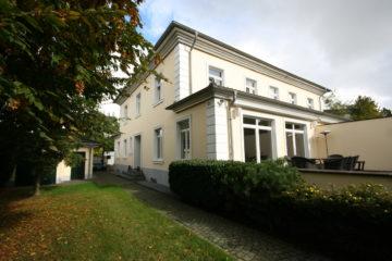 Die vortreffliche Adresse!  Repräsentative Stadtvilla in exklusiver Wohnlage, 40667 Meerbusch, Einfamilienhaus zum Kauf