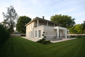 Exklusive freistehende Neubau-Villa in Alt-Meererbusch, 40667 Meerbusch, Einfamilienhaus zum Kauf