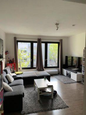WOHNEN IN ZENTRALER LAGE! Helle 2-Zimmer-Wohnung mit Balkon, 40215 Düsseldorf, Etagenwohnung zur Miete