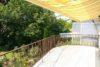 Helle 3-Zimmer-Wohnung mit großer Dachterrasse und EBK - Balkon mit Markise