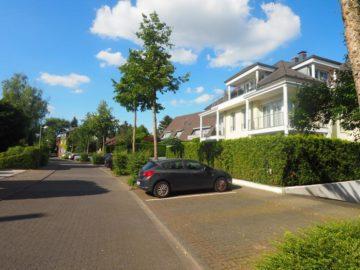 Sensationell, diese Lage, diese Qualität! Hochwertige 3-Zimmer-Wohnung mit Loggia, 40667 Meerbusch, Etagenwohnung zur Miete