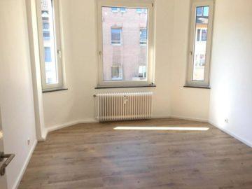 Moderne Wohnung mit Altbau-Charme: 2-Zimmer-Wohnung in zentraler Lage, 40233 Düsseldorf, Etagenwohnung zur Miete