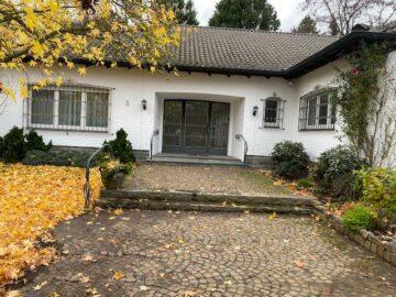 Wohnen in bester Lage! Attraktiver Bungalow in Alt-Meererbusch, 40667 Meerbusch, Einfamilienhaus